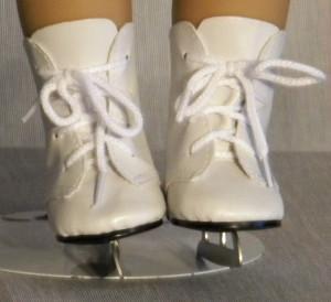 850 White Ice Skates